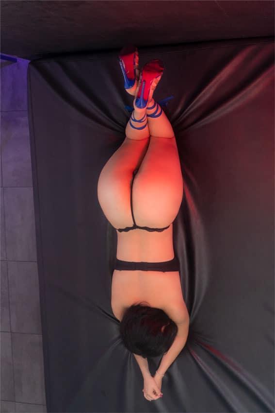 Soraya-ven-a-cumplir-tus-fantasias-sexuales